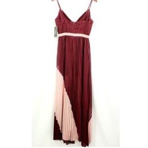 Lulu's Dresses - NWT Lulus Lace Front Maxi Dress.